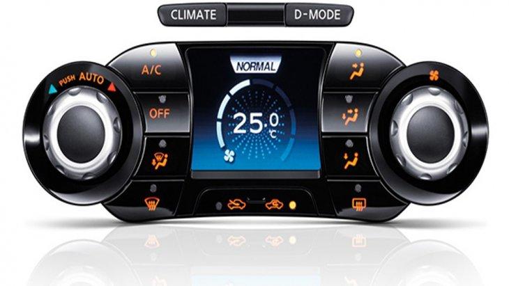 Nissan Juke ให้ความบันเทิงผ่านหน้าจออินโฟเทนเมนท์ระบบสัมผัสขนาด 7 นิ้ว รองรับการเชื่อมต่อข้อมูลไร้สายผ่านสัญญาณบลูทูธ รวมถึง Wifi / Hotspot ติดตั้งฟังก์ชั่นระบบนำทาง Navigation ที่เชื่อมต่อผ่านสมาร์ทโฟน