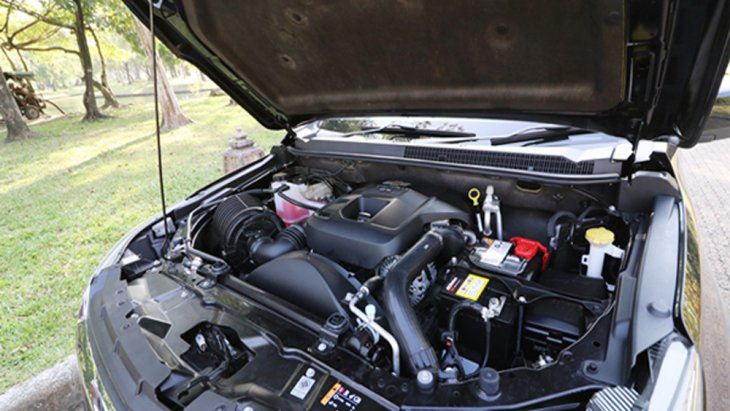 Chevrolet Trailblazer 2019 ติดตั้งเครื่องยนต์ดีเซล Duramax LP2 4 สูบ แถวเรียง 16 วาว์ล DOHC เทอร์โบแปรผัน VGT และ อินเตอร์คูลเลอร์ ขนาด 2.5 ลิตร ให้กำลังสูงสุด 180 แรงม้า จับคู่กับระบบเกียร์อัตโนมัติ 6 สปีด พร้อม Manual Mode