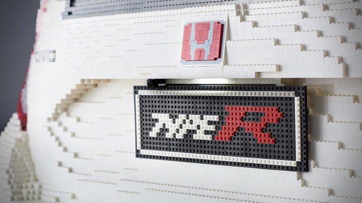 เก็บรายละเอียดทุกเม็ด แม้แต่ป้าย อักษรรุ่น TYPE R ก็มา