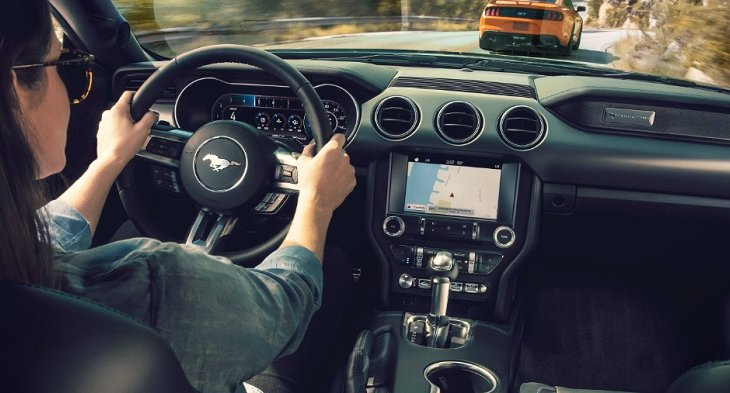 Ford Mustang BULLITT 2019 มาพร้อมกับอุปกรณ์และฟังก์ชั่นการใช้งานที่ทันสมัยและสะดวกสบายต่อการใช้งาน