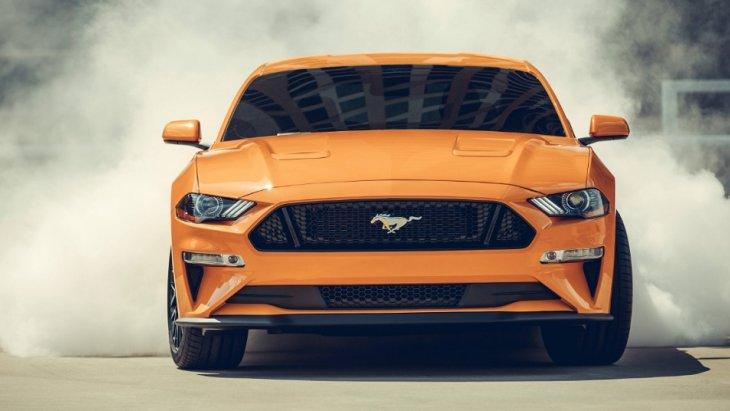 ราคา Ford Mustang BULLITT 2019 เริ่มต้นที่  $ 26,395 ประมาณ 833,554.10 บาท (ราคายังไม่รวมภาษีนำเข้า)
