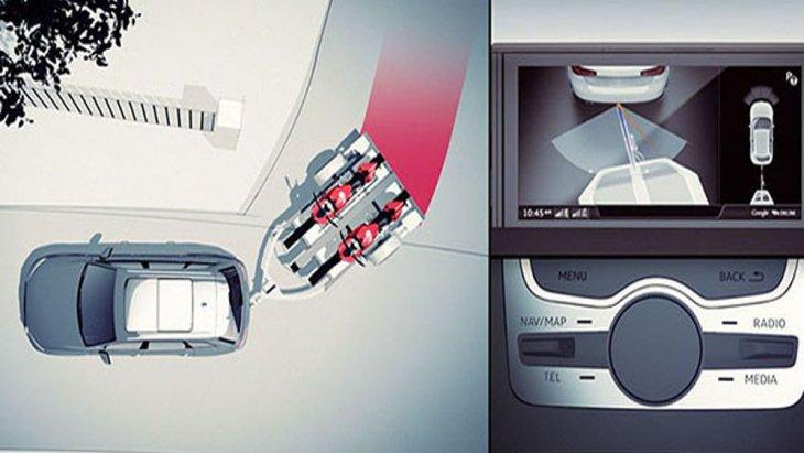 Audi Q7 มอบการปกป้องให้แก่ผู้ขับขี่ในทุกเส้นทางผ่านฟีเจอร์ความปลอดภัยสุดทันสมัยทั้งจากถุงลมนิรภัยคู่หน้า ด้านข้าง และ ม่านถุงลมนิรภัย ระบบเบรกมือไฟฟ้า รวมถึงกล้องแสดงภาพด้านหลังพร้อมเซ็นเซอร์บอกระยะ