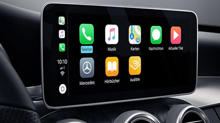 Mercedes Benz C-Class มอบความบันเทิงในทุกการเดินทางผ่านระบบอินโฟเทนเมนต์บนหน้าจอระบบสัมผัส MB Audio 20 ขนาด 10.25 นิ้ว พร้อมปุ่มควบคุมเครื่องเสียงรองรับ Apple Carplay และ Android Auto ติดตั้งระบบควบคุมการสั่งงานด้าย Touchpad และ ระบบแผนที่นำทางแบบ 3