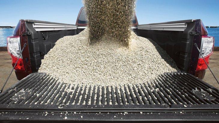 NISSAN TITAN ® XD 2019 สามารถรับน้ำหนักบรรทุกได้มากถึง 2,470 ปอนด์