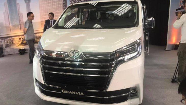 ชาวไทยต้องมาลุ้นกันว่า Grandvia เวอร์ชั่นนี้จะกลับมาเป็นหนึ่งใน Luxury Van ยอดนิยมอีกหรือไม่่