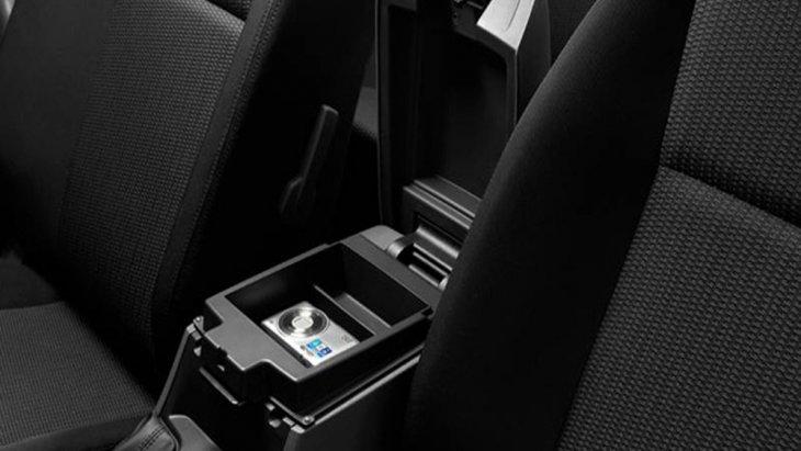 Mazda BT-50 Pro Double Cab ตอบโจทย์การเป็นรถกระบะที่พร้อมรองรับการใช้งานของผู้ขับขี่ได้ในทุกรูปแบบด้วยช่องเก็บของบริเวณคอนโซลกลางขนาดใหญ่