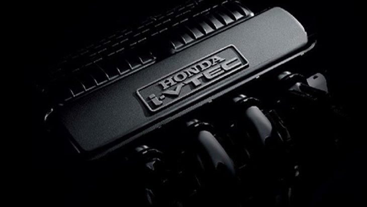 Honda Brio ติดตั้งขุมพลังเครื่องยนต์ SOHC 4 สูบ 16 วาล์ว i-VTEC ขนาด 1.2 ลิตร ให้กำลังสูงสุด 90 แรงม้า ที่ 6,000 รอบ/นาที แรงบิดสูงสุด 110 นิวตัน-เมตร ที่ 4,800 รอบ/นาที ส่งกำลังด้วยระบบเกียร์อัตโนมัติ CVT