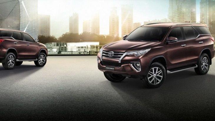 New Toyota Fortuner 2.4 G   มาพร้อมกับดีไซน์ หรูหรา สไตล์สปอร์ตรอบคัน