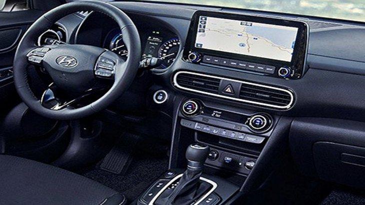 Hyundai Kona Hybrid 2019 พร้อมตอบสนองในทุกการขับขี่ผ่านพวงมาลัยมัลติฟังก์ชั่นพร้อมปุ่มควบคุมเครื่องเสียงที่พวงมาลัย และ ให้ความบันเทิงผ่านหน้าจอมัลติมีเดียระบบสัมผัสขนาด 10.25 นิ้ว