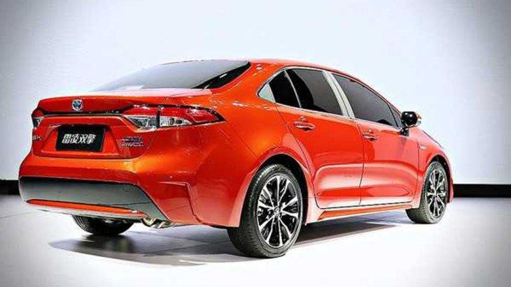 All-new Toyota Levin Hybrid 2019 มาพร้อมราคาจำหน่ายที่กระชากใจโดยเฉพาะในเวอร์ชั่น Hybrid มีให้เลือกทั้งหมด 5 รุ่นย่อยในราคา 133,800-152,800 หยวน หรือประมาณ 6.19-7.06 แสนบาท