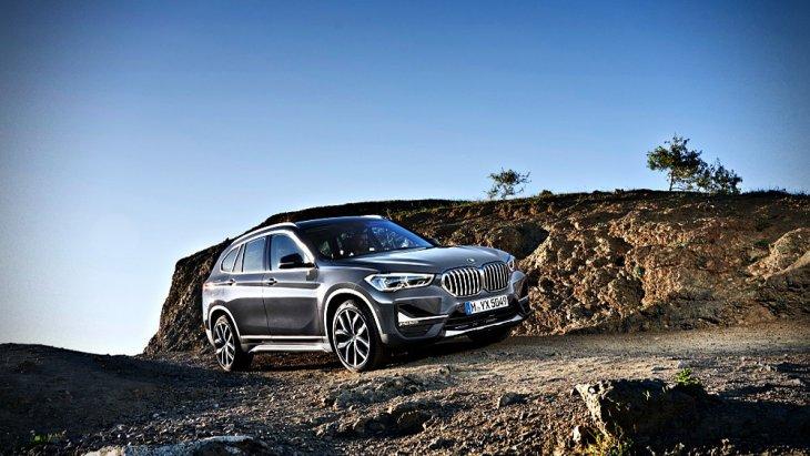 BMW X1 2019 มาพร้อมทางเลือกเครื่องยนต์ถึง 2 รูปแบบ ได้แก่ 1.เครื่องยนต์ดีเซล 3 สูบ ขนาด 1.5 ลิตร TwinPower Turbo , เครื่องยนต์ดีเซล 4 สูบ ขนาด 2.0 ลิตร TwinPower Turbo จับคู่กับระบบเกียร์อัตโนมัติ 8 สปีด พร้อม Steptronic