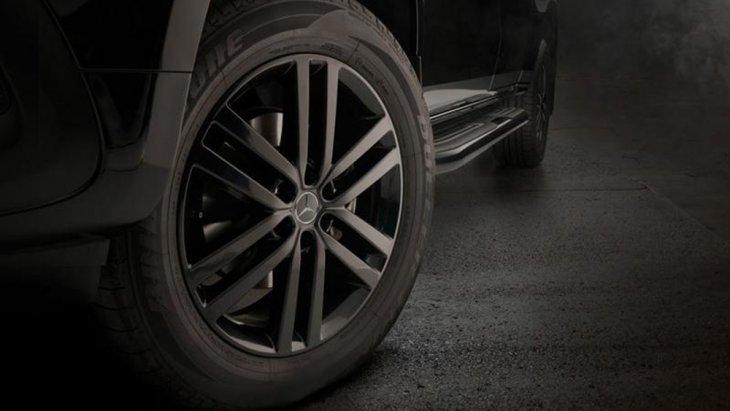 Mercedes-Benz X350d Edition 1 2019 ได้รับการติดตั้งช่วงล่างด้วยล้ออัลลอยขนาด 19 นิ้ว สีโครเมียมรมดำลาย 6 ก้านคู่