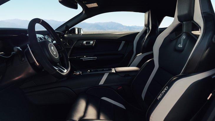 ความสปอร์ตภายในของFord Mustang Shelby GT500 2020