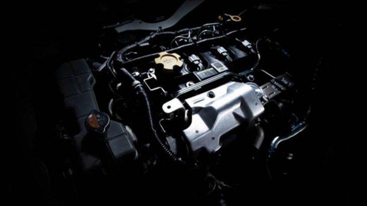 Nissan NV350 Urvan 2019 ได้รับการติดตั้งเครื่องยนต์ดีเซล รหัส YD25DDTi 4 สูบแถวเรียง DOHC 16 วาล์ว ขนาด 2.5 ลิตร พร้อมระบบเทอร์โบแปรผัน VGS และ Intercooler จับคู่กับระบบเกียร์ธรรมดา 5 สปีด ความจุถังน้ำมัน ขนาด 65 ลิตร
