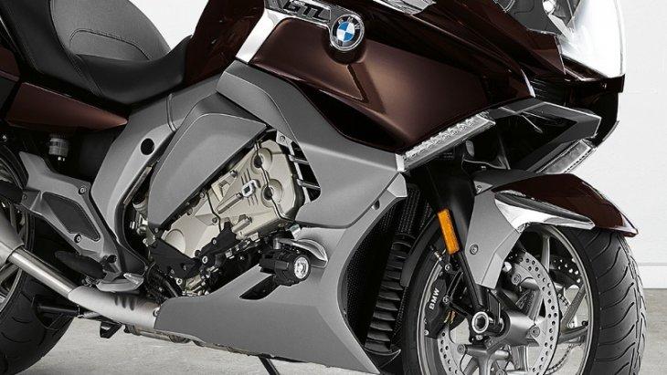 BMW K 1600 GTL มาพร้อมกับเครื่องยนต์ 6 สูบแถวเรียง ขนาด 1,649 ซีซี แรงบิดสูงสุด 175 นิวตัน-เมตร ที่ 5,250 รอบ/นาที