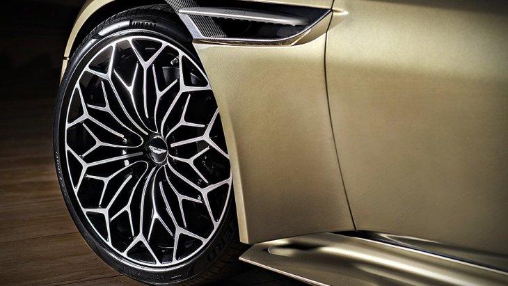 ล้อลายพิเศษ Y-Spoke ขนาด 21 นิ้ว เพื่อให้ดูคล้ายล้อซี่ลวดของ Aston Martin DBS ปี 1969