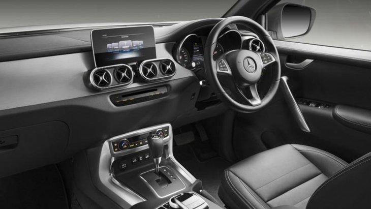 ภายในของ Mercedes-Benz X-Class Element Edition ที่เหมือนกับ X class ทุกๆเวอร์ชั่น