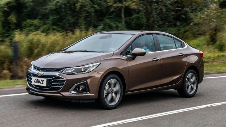 Chevrolet Cruze 2020 แบบซีดานสีประตู Cruze Premier หรือรุ่นปรับโฉม จะทำตลาดอเมริกาใต้แทนที่เกรด LTZ เดิม ตัวรถมากับกระจังหน้าใหม่