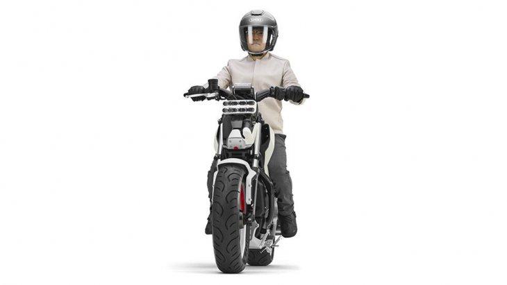 Honda Riding Asist-e Concept รักษาสมดุลที่คำนวณด้วยสมองกลเหมือนคันก่อนหน้าเพื่อลดภาระให้กับผู้ขี่ที่ความเร็วต่ำ