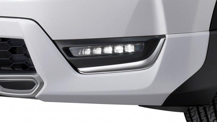 ไฟตัดหมอกแบบ LED รูปทรงสี่เหลี่ยม 5 ชิ้น เรียงไล่ระดับจากเล็กไปใหญ่ได้อย่างสวยงาม