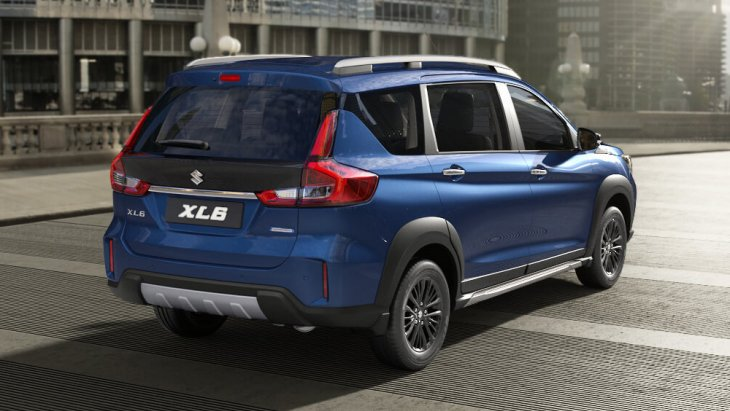 All-new Suzuki XL6 ในอินเดีย จะมีให้เลือก 2 เกรด คือ Zeta และ Alpha ราคาเริ่มต้น คิดเป็นเงินไทยราว 4.21 แสนบาท สำหรับรุ่น Zeta เกียร์ธรรมดา ขณะที่รุ่นแพงสุดคือ Alpha เกียร์อัตโนมัติ เป็นเงินไทยประมาณ 4.93 แสนบาท
