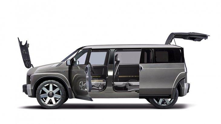 แม้ว่า 2 ปีก่อน ภายในห้องโดยสาร ของ Toyota Tj CRUISER Concept จะมีเพียง 4 ที่นั่ง