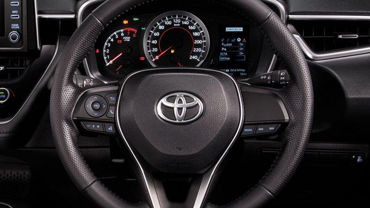 Steering Switches ปุ่มควบคุมเครื่องเสียงและควบคุมจอแสดงข้อมูลการขับขี่ที่พวงมาลัย