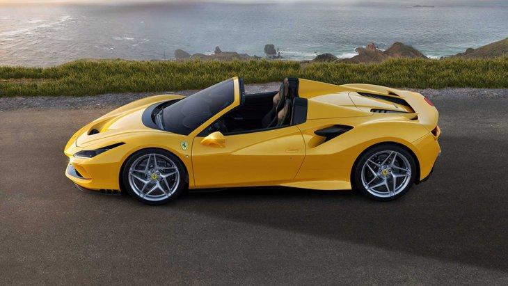 สำหรับขุมพลังเครื่องยนต์ของ Ferrari F8 Spider รุ่นนี้มาพร้อมกับความแรงของเครื่องยนต์ V8 ที่ถือว่าแรงที่สุดตั้งแต่พัฒนาเครื่องยนต์ในรหัสนี้มา ด้วยเครื่องยนต์ 3,900  ซี.ซี. 720 แรงม้า โดยตำแหน่งเครื่องถูกวางกลางลำตัวรถ