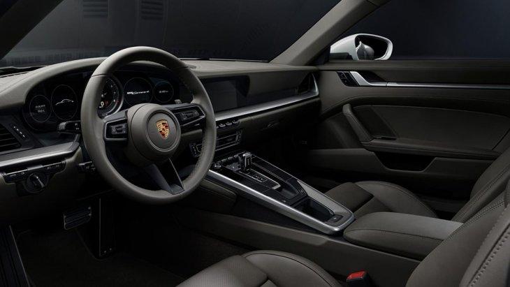 ภายในห้องโดยสารของ 911 Carrera 4
